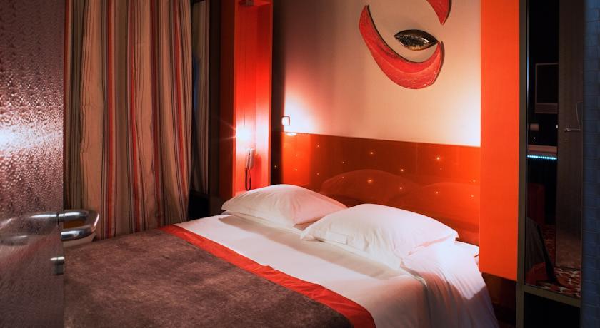 Five boutique hotel paris love hotel paris paris en for Five boutique hotel